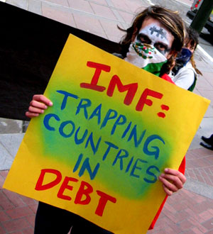 IMF: trapping countries in debt