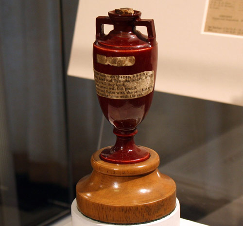 IMAGE(http://www.bhatt.id.au/blogimg/the-ashes-urn.jpg)