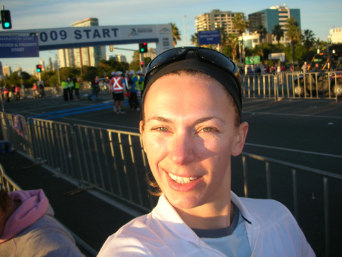 lucy james start of gold coast marathon