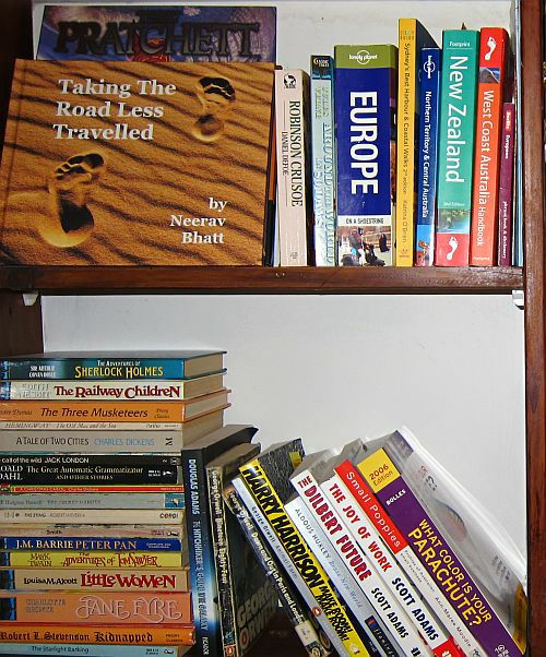 my-bookshelf-small.jpg